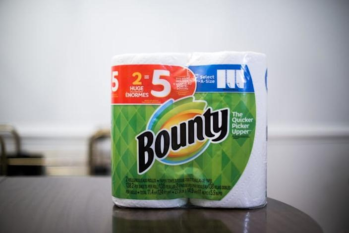 The CDC recommends paper towel usage for cleaning and disinfecting homes.