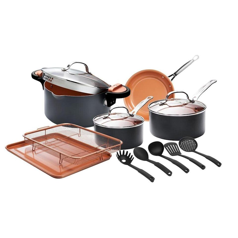 "We did a double take at the price of this 14-piece cookware set. It's currently half off. The set includes a frying pan, pasta pot and two sauce pans. The pots and pans are dishwasher safe and made with a special nonstick coating. <a href=""https://fave.co/31rQAEf"" target=""_blank"" rel=""noopener noreferrer"">Originally $120, get the set now for $60 at Home Depot</a>."