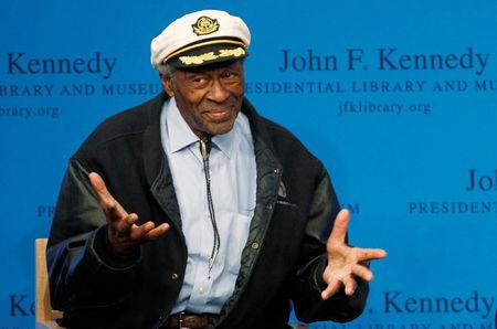 FILE PHOTO - Chuck Berry gestures to the audience at the 2012 Awards for Song Lyrics of Literary Excellence awarded to both he and Leonard Cohen at the John F. Kennedy Presidential Library and Museum in Boston, Massachusetts February 26, 2012. REUTERS/Jessica Rinaldi/File Photo