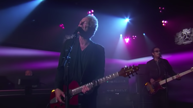Lindsey Buckingham performs a pair of songs on Jimmy Kimmel Live: Watch