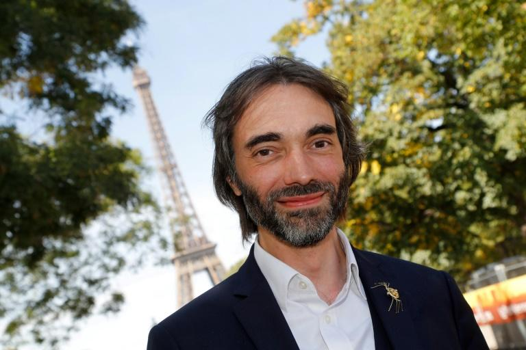 Cedric Villani has refused to back down in the standoff  with Macron