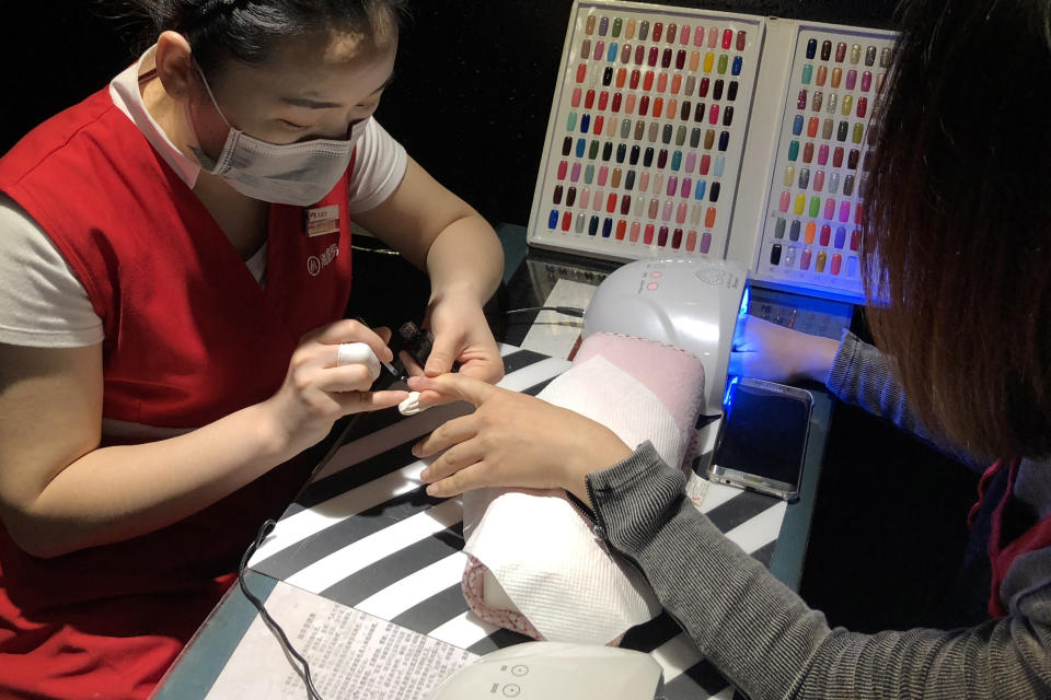 Could robots and artificial intelligence replace manicurists? Photo: VCG/Getty Images