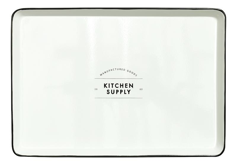 "Buy this <a href=""http://www.hm.com/us/product/72007?article=72007-A"" target=""_blank"">'Kitchen Supply' metal tray</a> for $17.99"