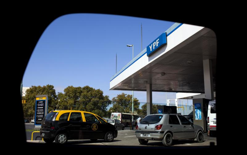 Argentina plots next moves in bid to control YPF