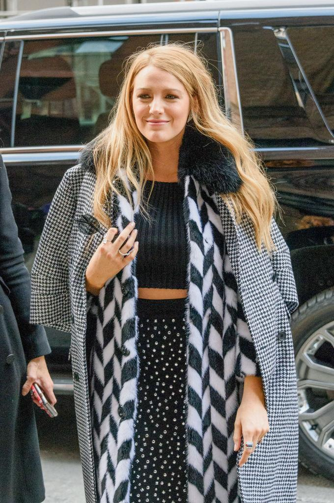 <p>Dressed head to toe in monochrome prints, Blake looks fab – and most importantly, warm – in New York City.<br><i>[Photo: Getty]</i> </p>