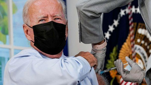 PHOTO: President Joe Biden receives his coronavirus disease (COVID-19) booster vaccination in the Eisenhower Executive Office Building's South Court Auditorium at the White House in Washington, Sept. 27, 2021. (Kevin Lamarque/Reuters)