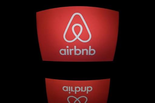 Airbnb to double investment in China, adopt new name