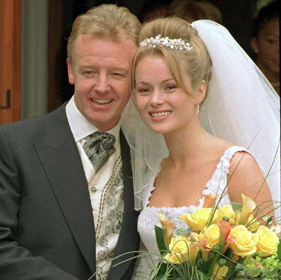 Les Dennis and Amanda Holden marrying in May 2000