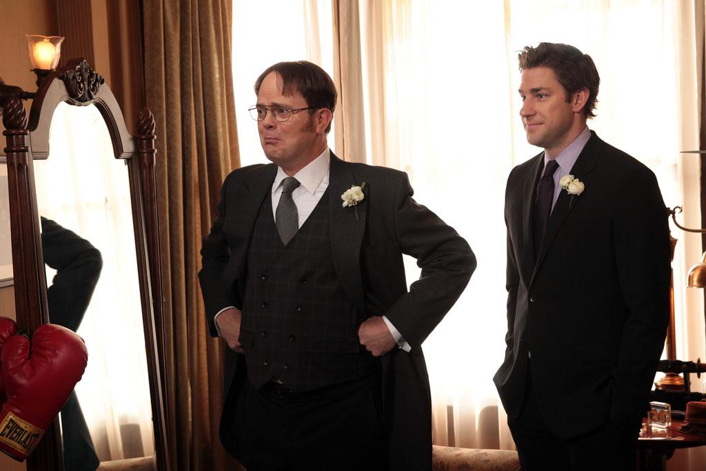 """Finale"" Episode 924/925 -- Pictured: (l-r) Rainn Wilson as Dwight Schrute, John Krasinski as Jim Halpert"