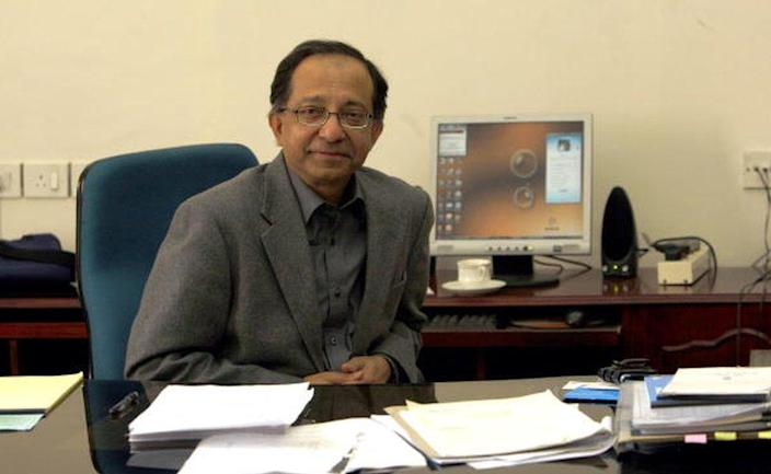 Well-known economist Kaushik Basu joins as Chief Economic Adviser, Department of Economic Affairs, Ministry of Finance in the rank of Secretary to the Government of India on Tuesday, December 8, 2009.