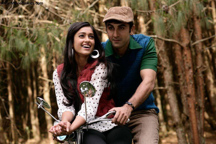 <p>Starring Ranbir Kapoor, Ileana D'Cruz and Priyanka Chopra, Barfi was extensively shot in Kolkata and Darjeeling. In the city of joy, the main places highlighted in the film include the very famous metal bridge – the Howrah Bridge and the Esplanade. One of the busiest spots in the city, Esplanade is shown in the opening scenes of the film.</p>