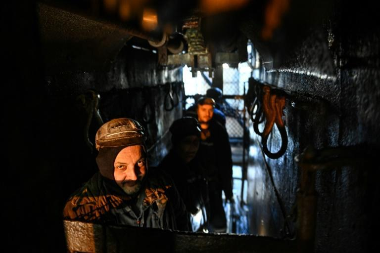 Several wind energy producers have said they are ready to recruit in the Jiu Valley, but the miners who have swapped coal for wind can be counted on the fingers of one hand