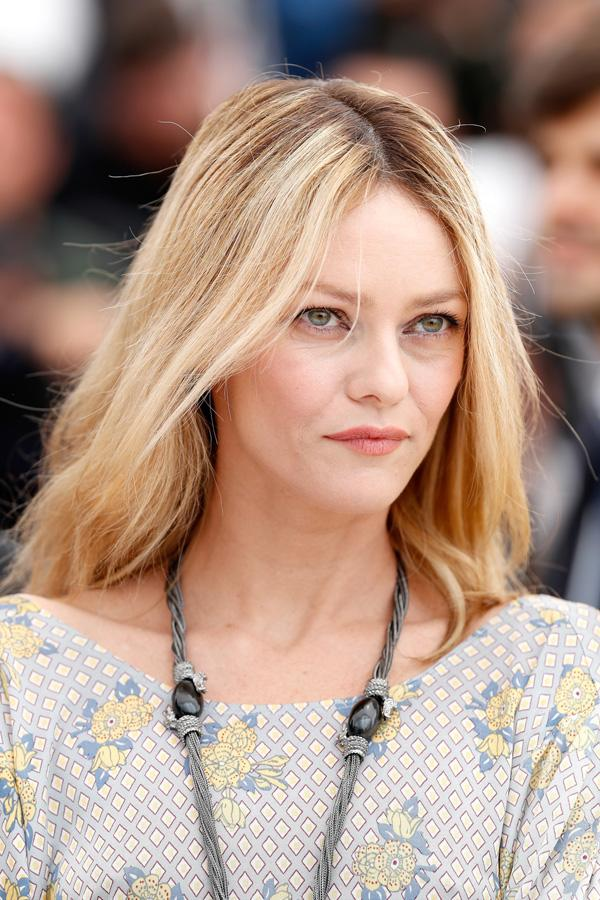 <p>El look beauty de Vanessa Paradis en Cannes 2016.</p>