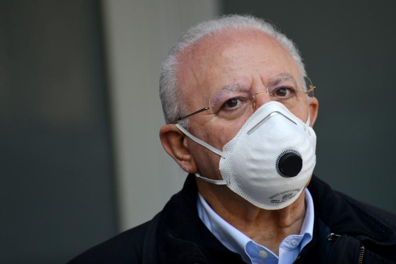 SALERNO, ITALY - MAY 07: Vincenzo De Luca Regione Campania president wearing a mask on May 07, 2020 in Various Cities, Italy. Italy was the first country to impose a nationwide lockdown to stem the transmission of the Coronavirus (Covid-19), and its restaurants, theaters and many other businesses remain closed. (Photo by Francesco Pecoraro/Getty Images) (Photo: Francesco Pecoraro via Getty Images)