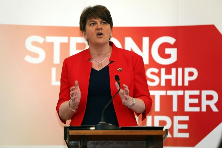 Theresa May To Form UK Govt With Right-Wing Irish Democratic Unionist Party