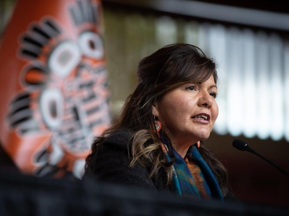 Tk'emlúps te Secwépemc Kukpi7 (Chief) Rosanne Casimir speaks during a news conference ahead of a ceremony to honour residential school survivors and mark the first National Day for Truth and Reconciliation on Sept. 30. (Darryl Dyck/The Canadian Press - image credit)
