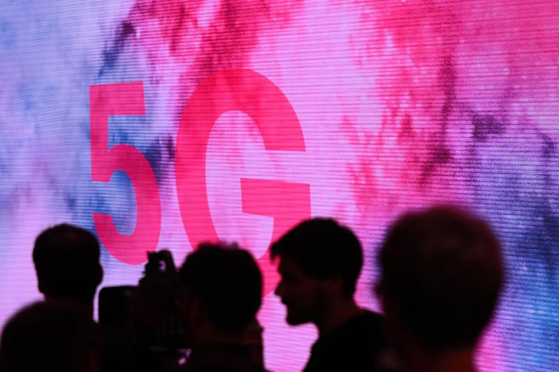EU Gives Governments Scope for Bans on Some 5G Suppliers