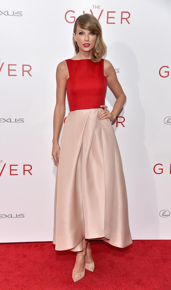 """<p>NEW YORK, NY - AUGUST 11: Actress Taylor Swift attends """"The Giver"""" premiere at Ziegfeld Theater on August 11, 2014 in New York City.</p>"""