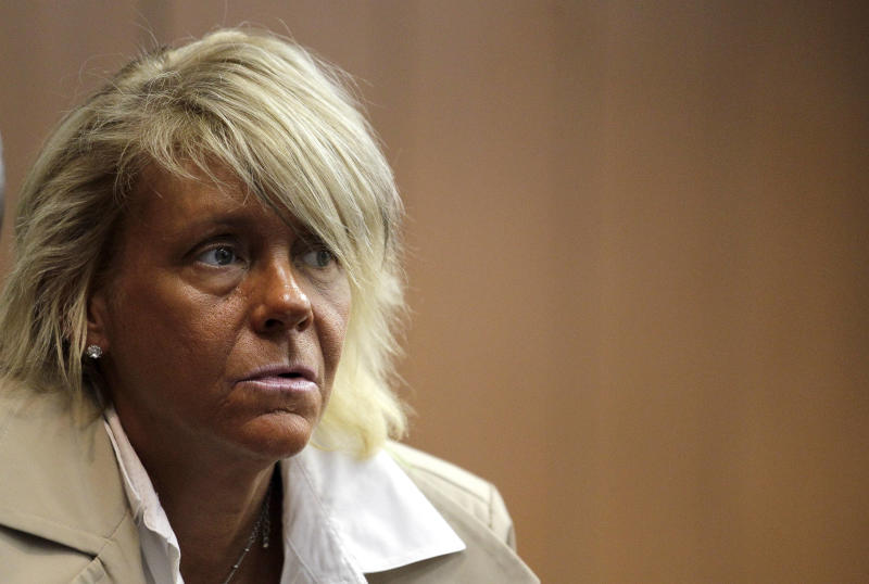 NJ's 'tanning mom' won't face endangerment charge
