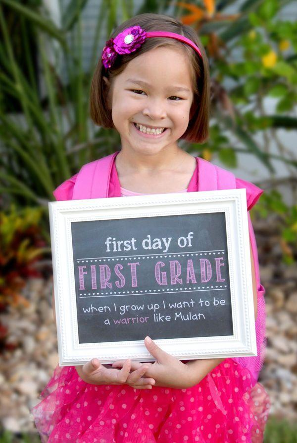 """<p>Nothing fits the back-to-school theme quite like a blackboard. This mom created a faux version with a printable she designed herself, but good old chalk will work just as well. Frame your board for a piece you can use as a decorative memo station the rest of the year.</p><p><a href=""""http://simplykellydesigns.com/blog/2013/08/14/first-day-of-school-faux-chalkboard/"""" rel=""""nofollow noopener"""" target=""""_blank"""" data-ylk=""""slk:See more at Simply Kelly Designs »"""" class=""""link rapid-noclick-resp""""><em>See more at Simply Kelly Designs »</em></a></p>"""