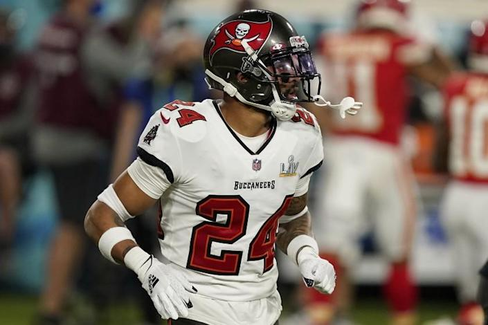 Tampa Bay Buccaneers cornerback Carlton Davis (24) in action during the first half of the NFL Super Bowl 55 football game against the Kansas City Chiefs, Sunday, Feb. 7, 2021, in Tampa, Fla. The Tampa Bay Buccaneers defeated the Kansas City Chiefs 31-9. (AP Photo/Steve Luciano)