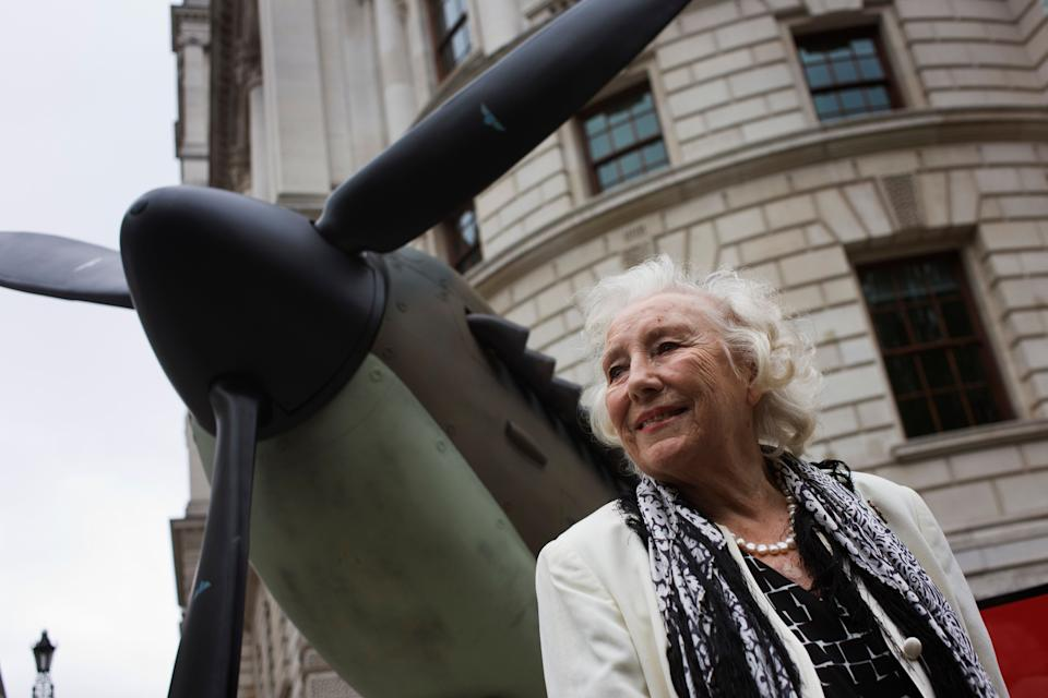 <strong>Dame Vera Lynn (1917 – 2020)<br /><br /></strong>Known for hits like We'll Meet Again and The White Cliffs Of Dover, Dame Vera died at her home at the age of 103. Tributes were led by Queen Elizabeth II and the prime minister, Boris Johnson.