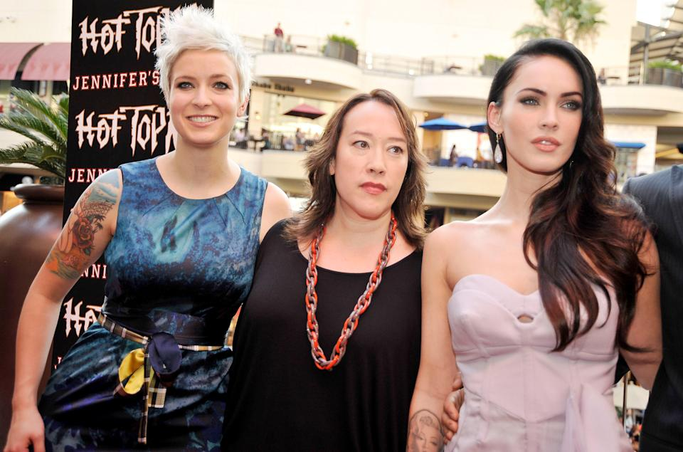 """Diablo Cody, Karyn Kusama and Megan Fox pose at the """"Jennifer's Body"""" Hot Topic Fan Event on September 16, 2009. (Photo by Kevin Winter/Getty Images)"""