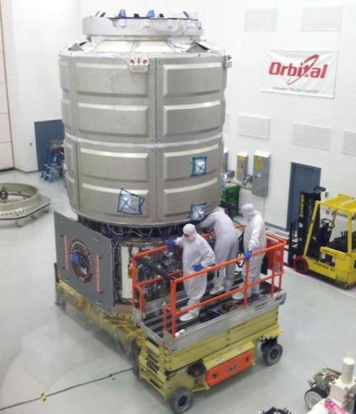 The COTS Demonstration Cygnus spacecraft completed a milestone when its Pressurized Cargo Module (PCM) was attached to the Service Module (SM), and all mechanical flight connections were attached. This image was taken April 2, 2013.