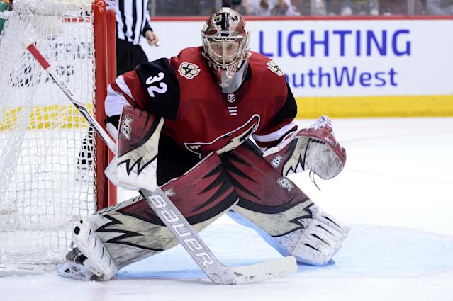 "Will you take a chance on <a class=""link rapid-noclick-resp"" href=""/nhl/players/5967/"" data-ylk=""slk:Antti Raanta"">Antti Raanta</a> this season? Mandatory Credit: Matt Kartozian-USA TODAY Sports"