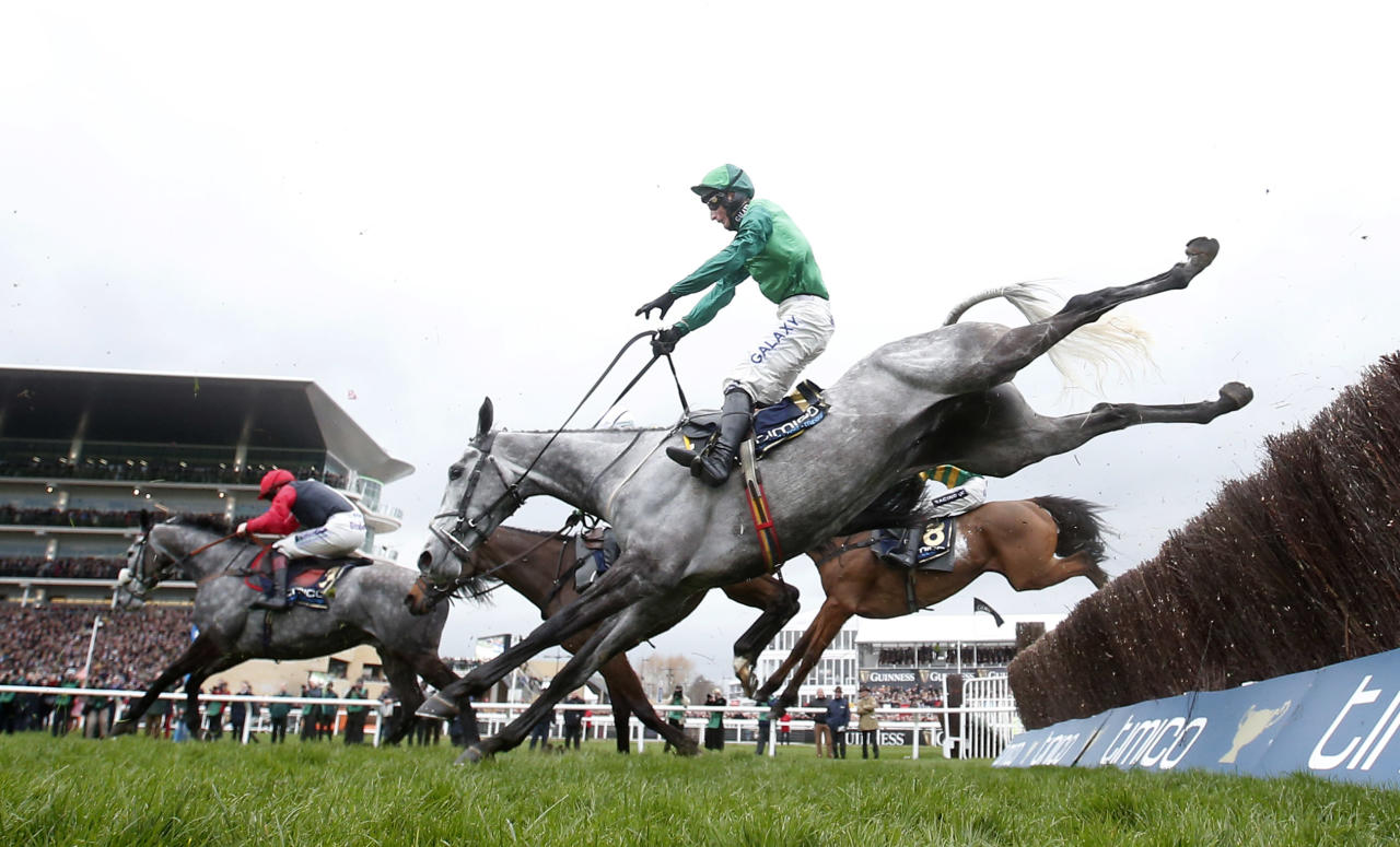 Britain Horse Racing - Cheltenham Festival - Cheltenham Racecourse - 17/3/17 General view during the 3.30 Timico Cheltenham Gold Cup Chase Action Images via Reuters / Matthew Childs Livepic EDITORIAL USE ONLY.