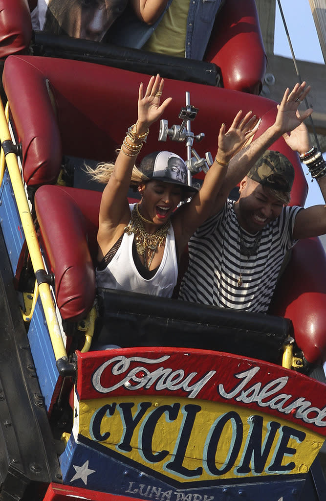 <p>Pre-twins, the Lemonade songstress put her hands up, hands up while she conquered the Cyclone at Coney Island. Come on — you didn't think the queen would be crying, did you? (Photo: Splash News) </p>