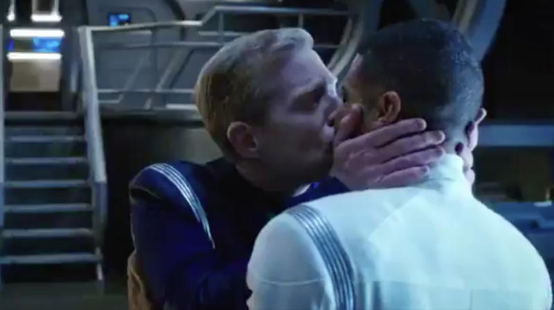 'Star Trek: Discovery' Makes History With Franchise's First Gay Male Kiss