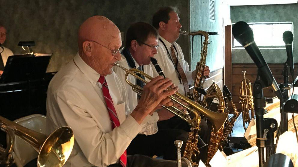 91-year-old Korean War vet has been playing taps since high school (ABC News)