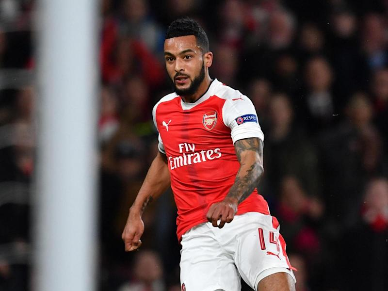 Walcott told Wenger he preferred to play wide right than through the middle ()