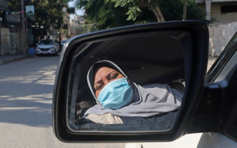 """Gaza woman starts first """"ladies only"""" taxi service"""