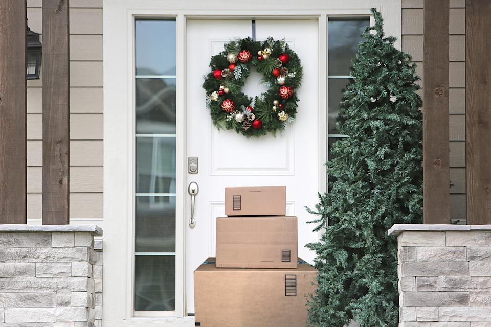Waiting on a delivery? If you shopped on a fake website, that package may never arrive (Photo: Getty)