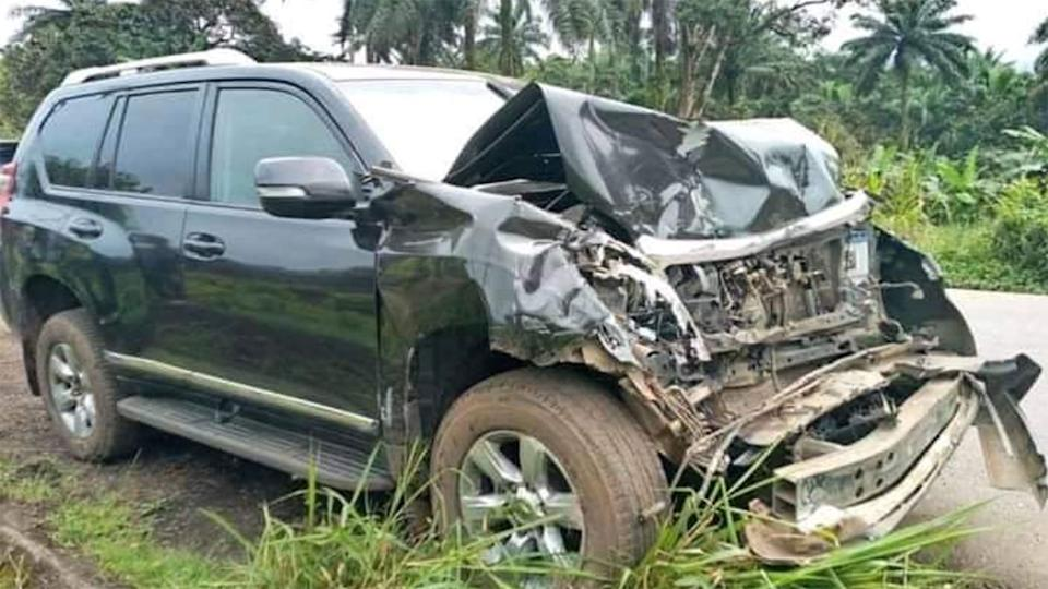 The damage to Eto'o's car can be seen in photos from the crash scene.