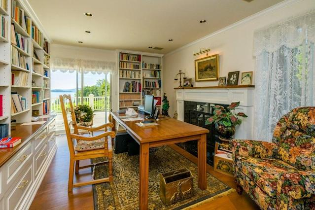 <p>Several furniture items are included in the sale of the home. (Listing via <span>Re/Max</span>) </p>