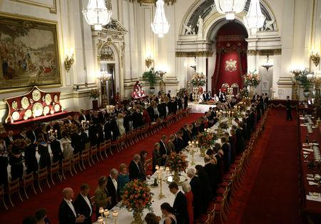 Queen Elizabeth II makes a toast during a State Banquet at Buckingham Palace, as part of King Willem Alexander's state visit to the UK,Êin London, Britain, October 23, 2018. Yui Mok/Pool via REUTERS