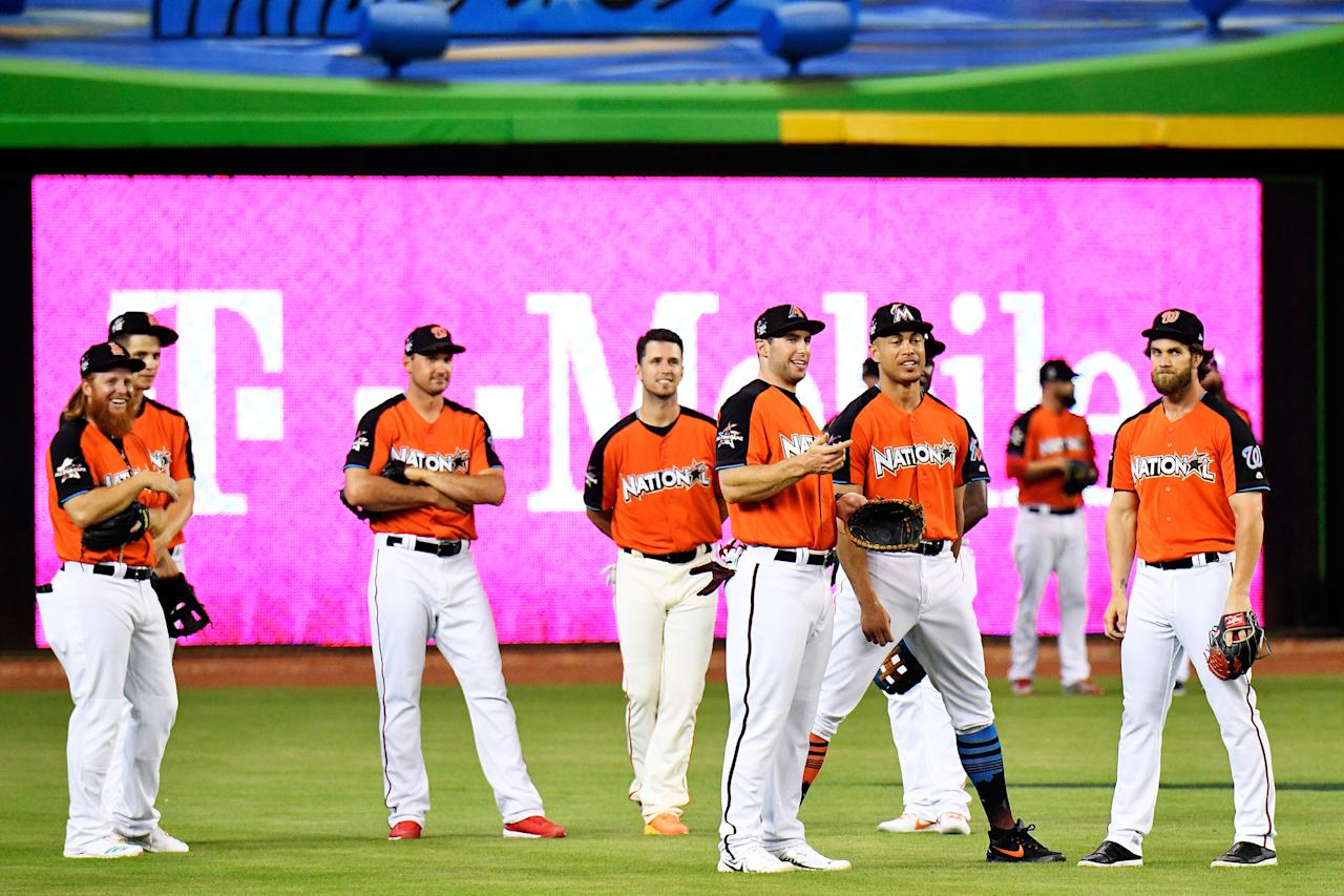 <p>Members of the National League All-Star team stand in the outfield during batting practice for the 88th MLB All-Star Game at Marlins Park on July 11, 2017 in Miami, Florida. (Photo by Mark Brown/Getty Images) </p>