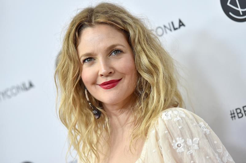 The internet is baffled by this Drew Barrymore 'interview'
