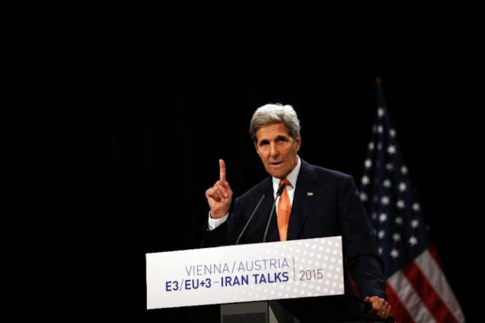 US Secretary of State John Kerry speaks during a press conference for the Iran nuclear talks in Vienna, Austria on July 14, 2015 (AFP Photo/Carlos Barria)