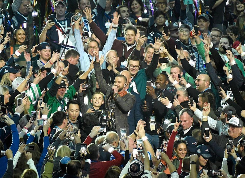 <p>Oh look. Justin Timberlake was invited back to the Super Bowl after ripping off Janet Jackson's shirt. Kay.</p>