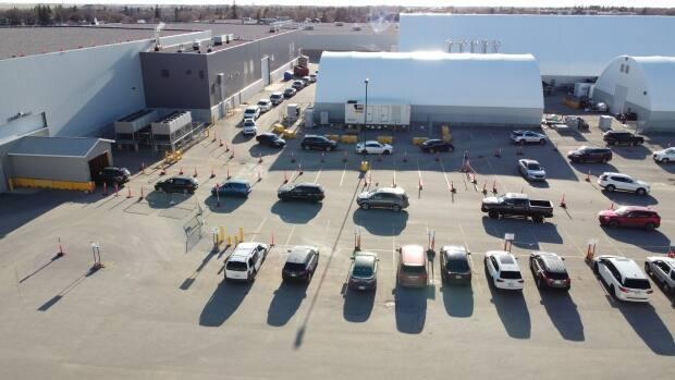 Drone shot of the Regina COVID-19 vaccine drive-thru clinic on May 3, 2021.  (Cory Herperger/CBC - image credit)