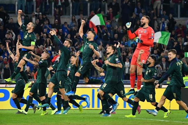 Italy players celebrate qualifying for Euro 2020 after missing out on the 2018 World Cup (AFP Photo/Alberto PIZZOLI)