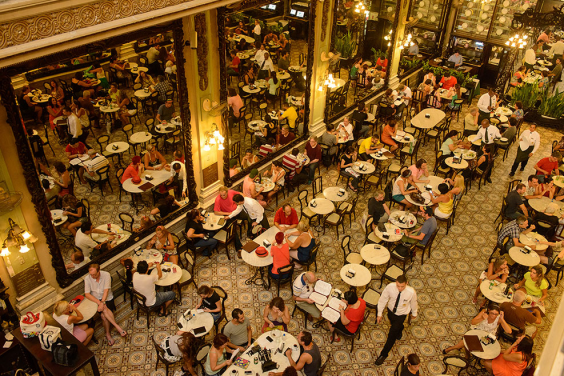 Confeitaria Colombo's interiors are as sweet as its baked goods (confeitariacolombo)
