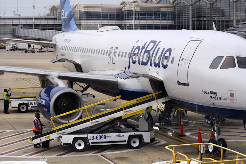 JetBlue Crew Helps Dog in Distress by Deploying Oxygen