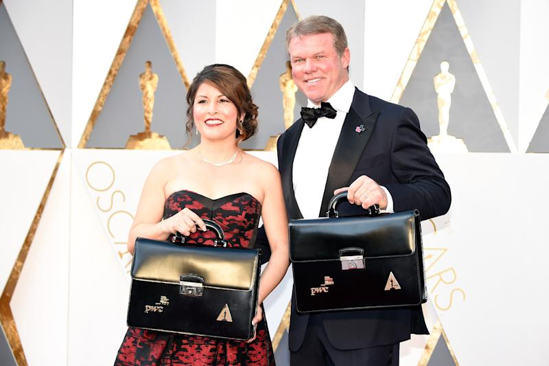 PricewaterhouseCoopers partners Martha Ruiz and Brian Cullinan attend the 88th Academy Awards at the Hollywood & Highland Center on Feb. 28, 2016, in Los Angeles. (Kevin Mazur via Getty Images)