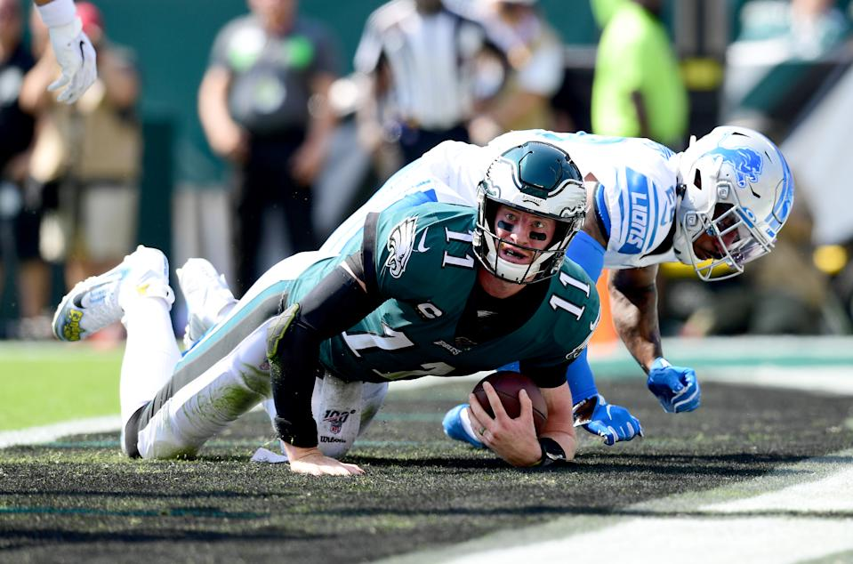 Carson Wentz couldn't lead the Eagles back to get a late win over the Lions. (Getty Images)