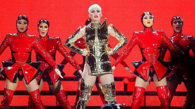 Katy Perry performance in Manchester UK